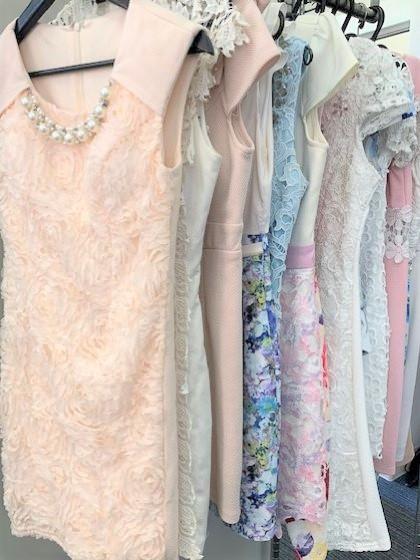 中洲派遣ハピネスの無料レンタルのドレス