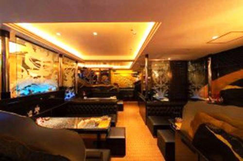 中洲で人気の高級クラブ