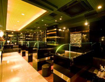 中洲でも有名な人気店のキャバクラ