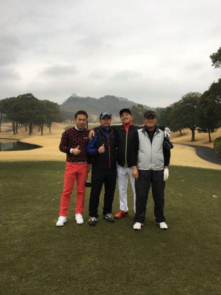 中洲派遣会社ハピネスの社長のゴルフ仲間