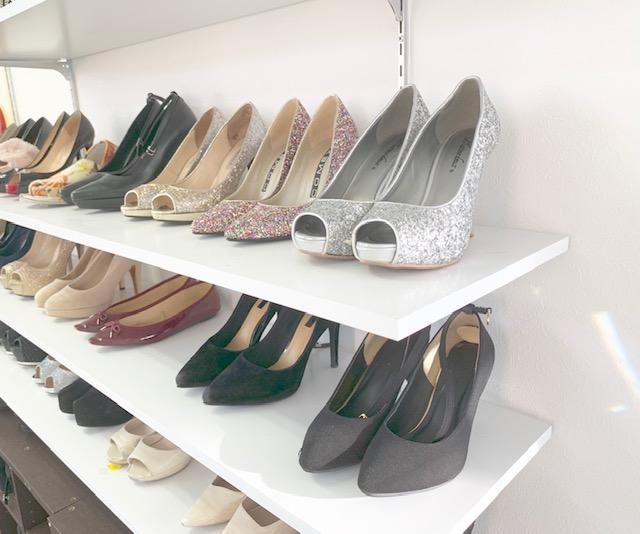 中洲派遣会社ハピネスの事務所の靴棚