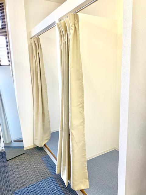 中洲派遣会社ハピネスの事務所の更衣室