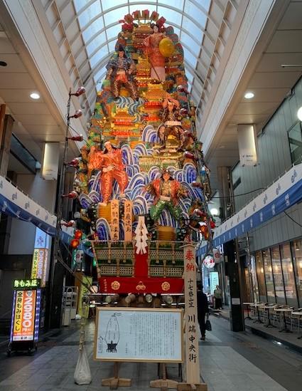中洲川端商店街の飾り山笠(表)