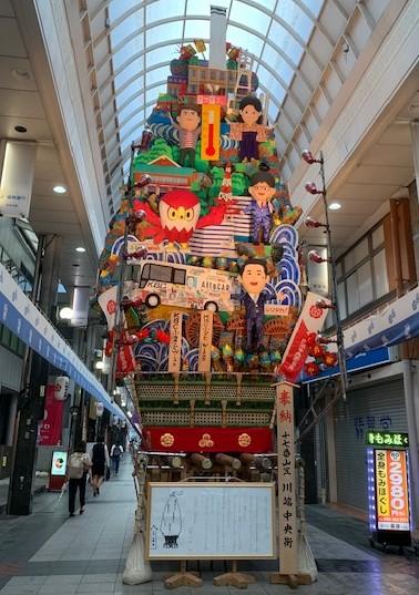 中洲川端商店街の飾り山笠(見送り)